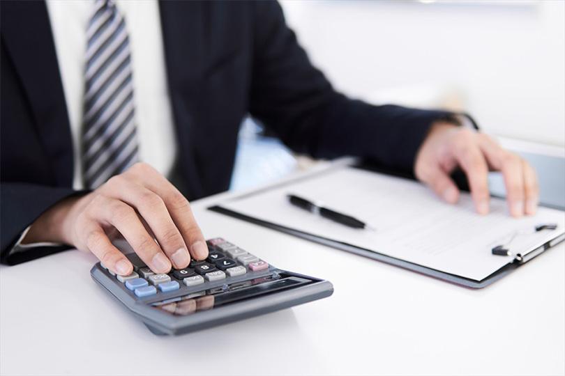 個人事業主の節税対策。自力でできる?税理士へ頼むべき?メリットデメリットを比較